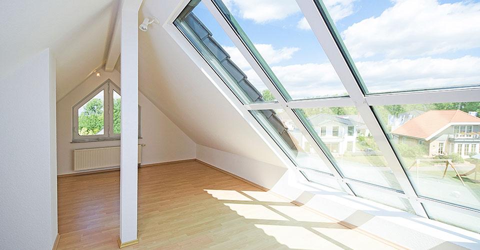 alte dachfenster cool anschluss der modernen dachfenster an die ebenen with alte dachfenster. Black Bedroom Furniture Sets. Home Design Ideas